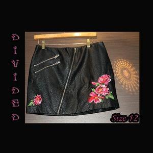 Faux Leather Mini Pencil Skirt w/Floral Accents